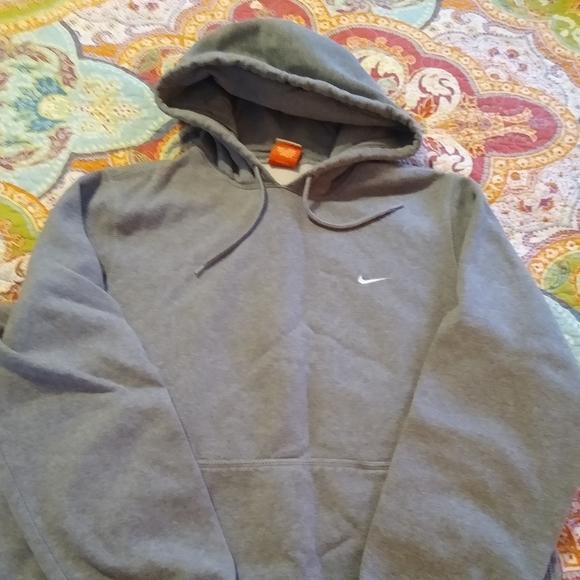 mens medium nike hoodie